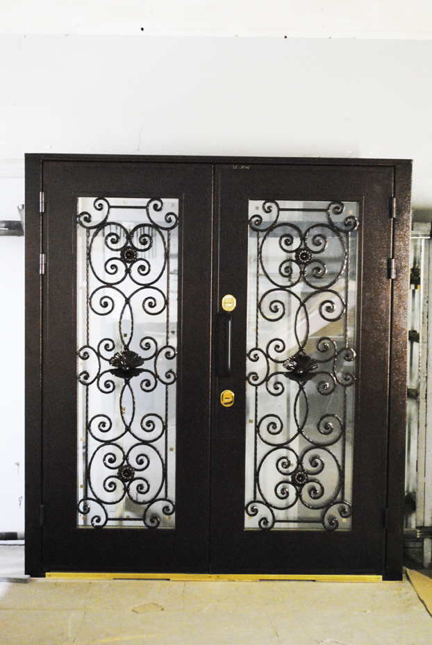 dveri-stardis-okonnyi-proem-kovka-23