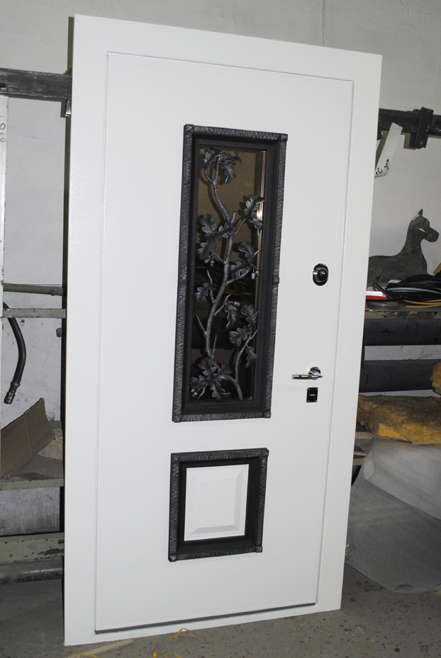 dveri-stardis-okonnyi-proem-kovka-4